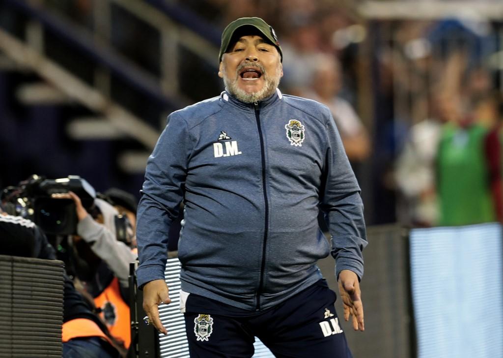 Maradona sufría transtornos hepático renal