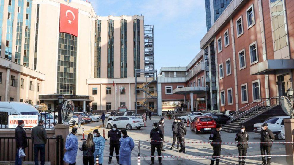 Hospital de Turquía se incendia