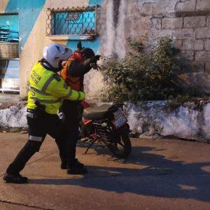 Señalan abusos de alcalde Neto Bran y trabajadores de la Municipalidad de Mixco.