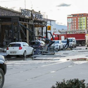 Explosión en restaurante de Kosovo