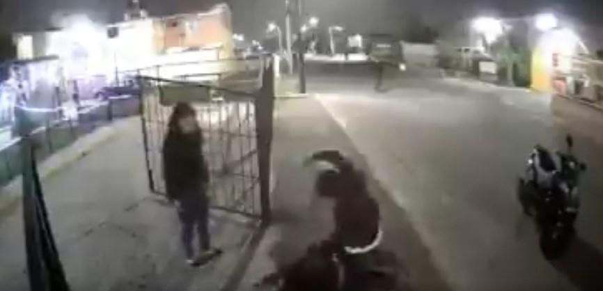 Disparó contra familia; lo desarmaron y le dieron una golpiza