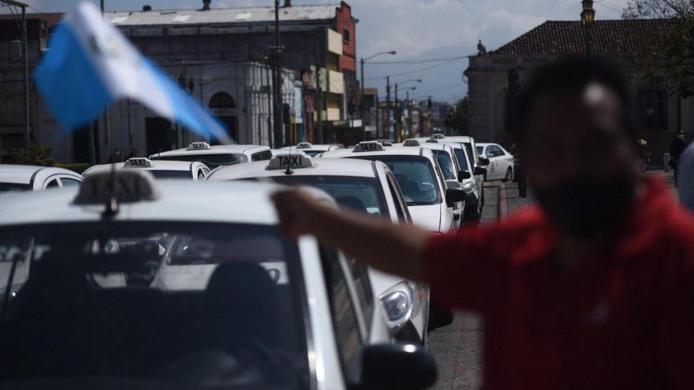 manifestación taxistas contra pago obligatorio de seguro (1)