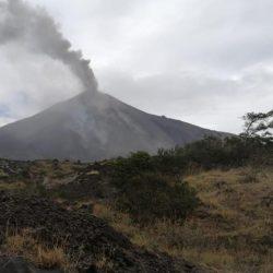 Actividad del Volcán Pacaya provoca caída de ceniza