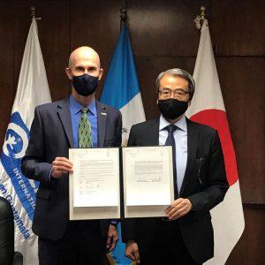 Plan International Guatemala y la Embajada de Japón firman convenio