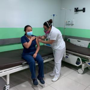 Jornada de vacunación en Hospital Roosevelt