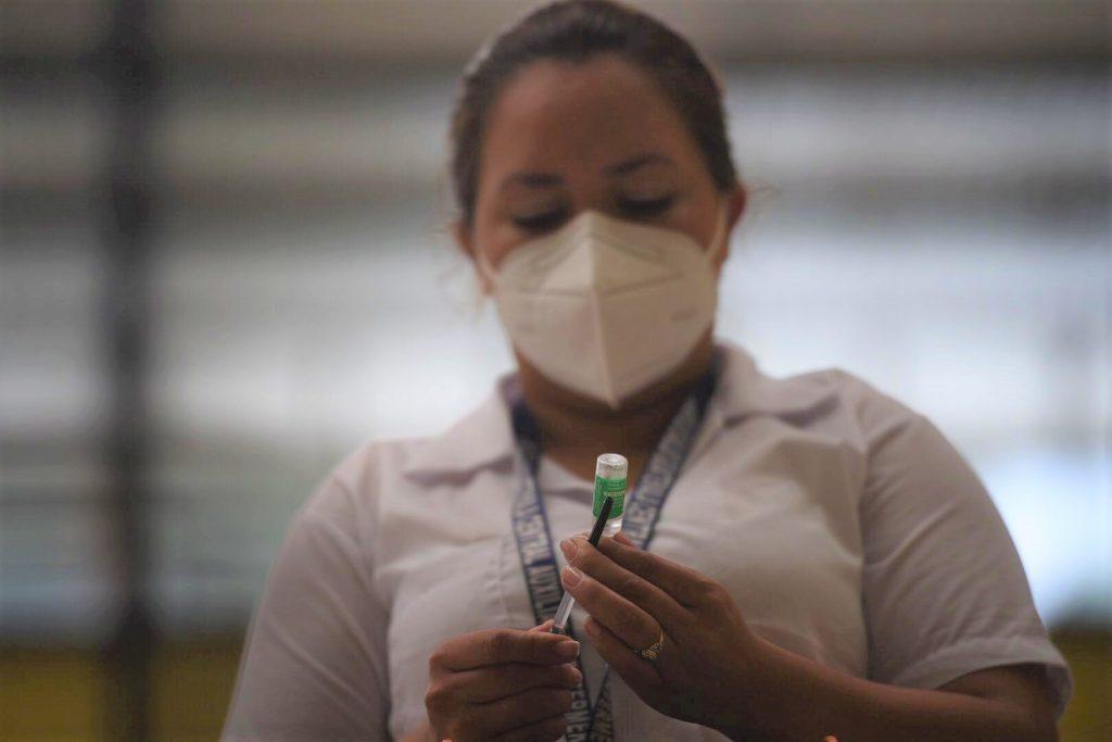 vacuna vacunación covid-19 coronavirus guatemala pandemia