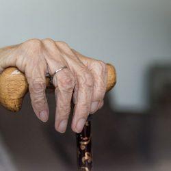 Piden insumos para trabajadores de hogar de ancianos, tras varios casos de Covid-19