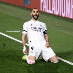 Real Madrid derrota al Barcelona y se cuelga del liderato