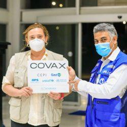 El Salvador recibe 96 mil vacunas contra el Covid-19 de Covax