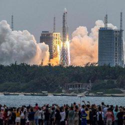 VIDEO: restos del cohete chino impactan en el Océano Índico