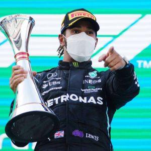 Lewis Hamilton continúa siendo líder de la temporada de Fórmula Uno