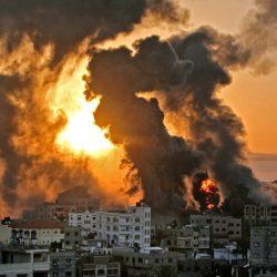 Desolación y temor entre escombros y casas reducidas a polvo en Gaza por los ataques israelíes
