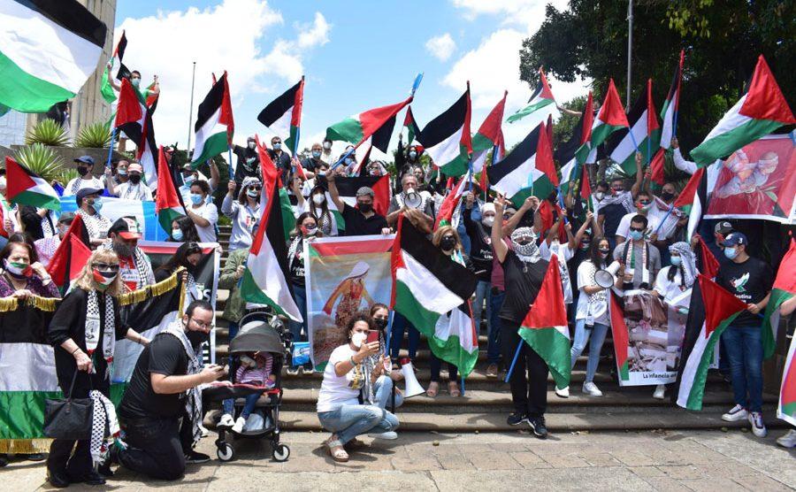 Colectividad Palestina en Guatemala realiza manifestación