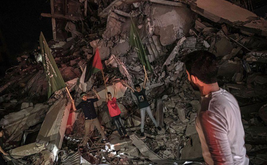Palestinos celebran en Gaza el cese al fuego con Israel