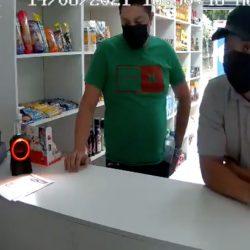 VIDEO. Supuestos ladrones grabados por cámara de seguridad son capturados