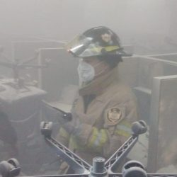 Controlan conato de incendio en call center ubicado en zona 7