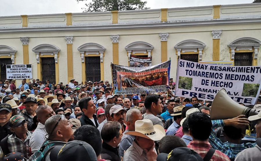 Manifestación de militares retirados