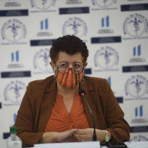 Amelia Flores, ministra de Salud Pública y Asistencia Social.