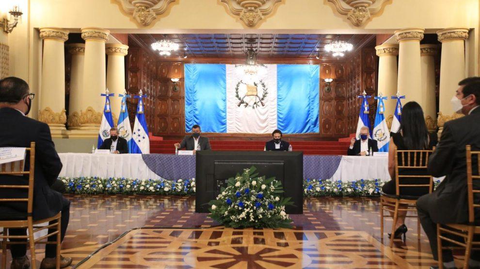 Vicepresidentes del triángulo norte de Centroamérica firman convenio de cooperación contra la trata de personas.