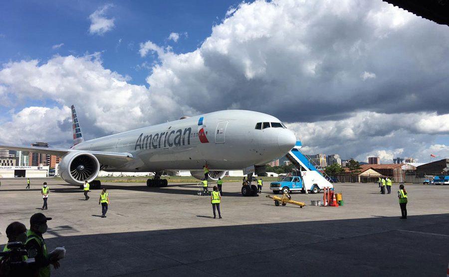 Avión con 3 millones de vacunas donadas por Estados Unidos