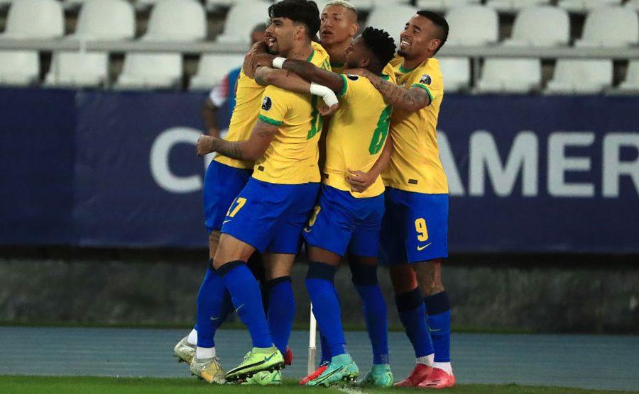 Brasil derrota a Chile en los cuartos de final de Copa América