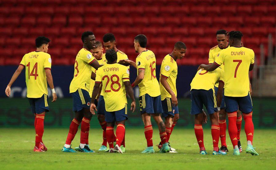 Colombia derrota a Uruguay en tanda de penaltis