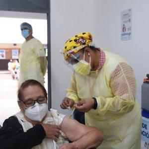 Vacunación contra el COVID-19. Nuevo coronavirus.