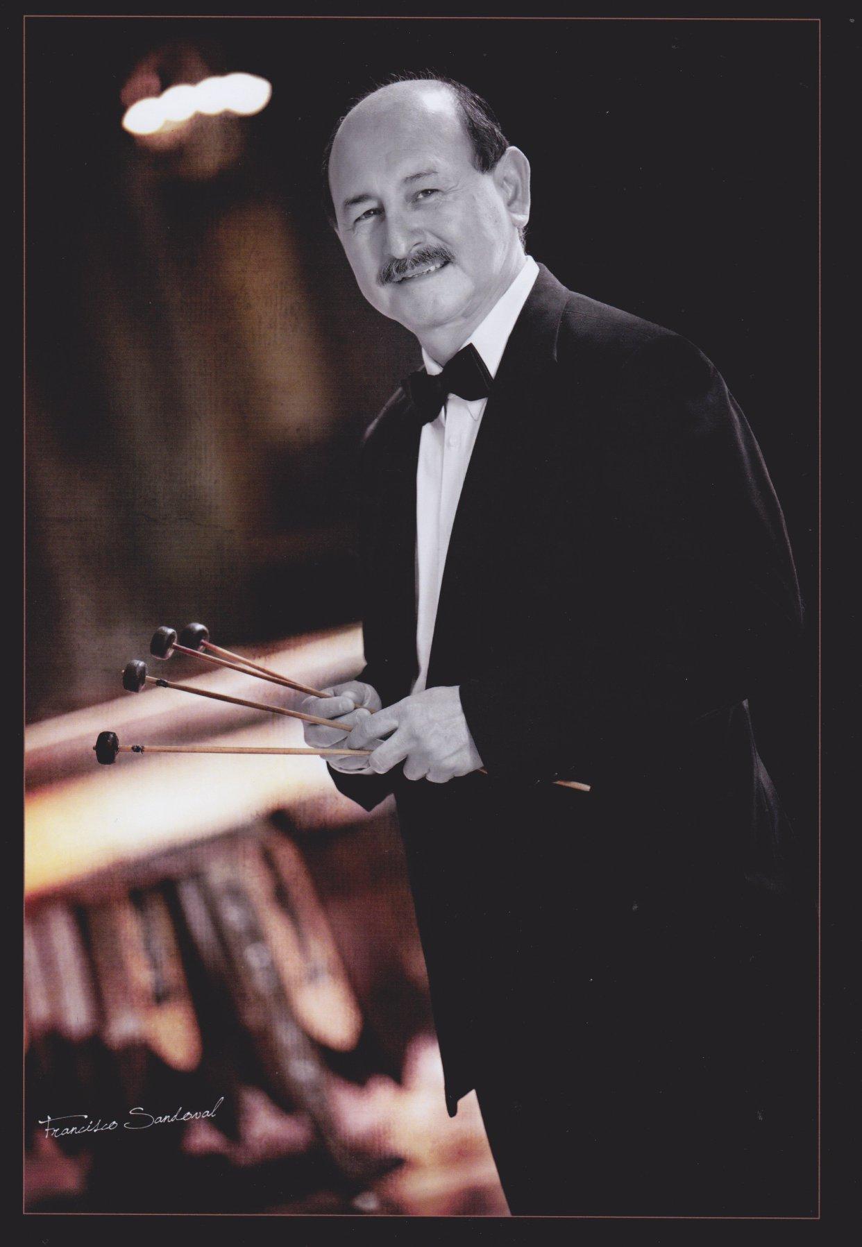 Lester Godínez marimba