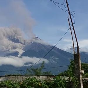 volcán de fuego erupción