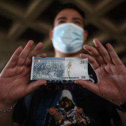 Anuncian entrega de billetes conmemorativos por vacunarse contra la Covid-19