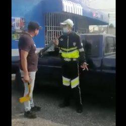 VIDEO. Agente de la PMT sufre agresión por parte de automovilista
