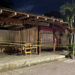 Balacera en restaurante deja dos muertos y tres heridos; víctimas eran extranjeras