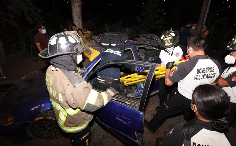 Accidente de tránsito en calzada La Paz