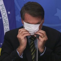 VIDEO |YouTube suspende canal de Jair Bolsonaro por noticia falsa